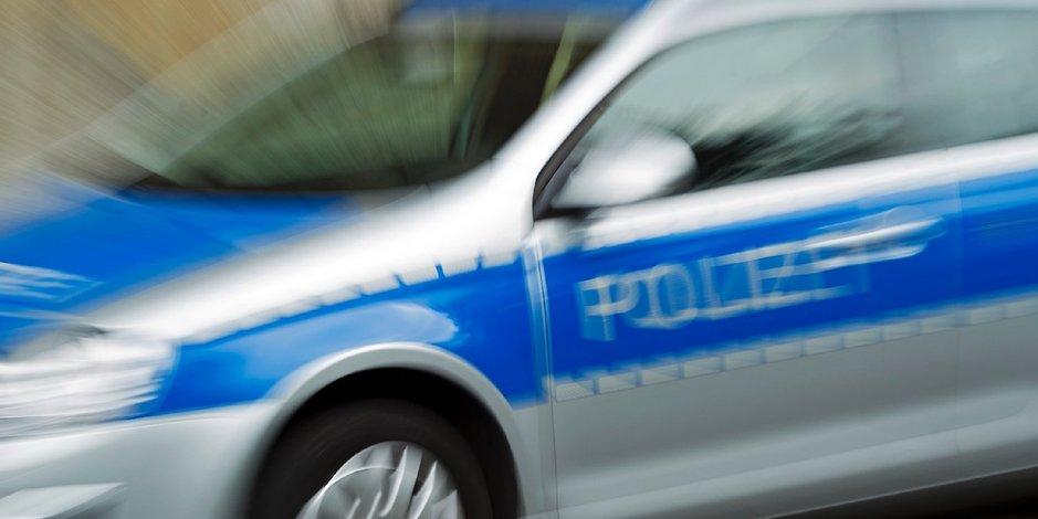 Sexattacke von fünf Männern auf junge Frau in Bonn