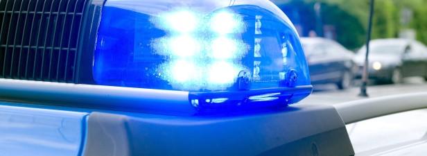Mann belästigt zwei Mädchen im Meggener Hallenbad