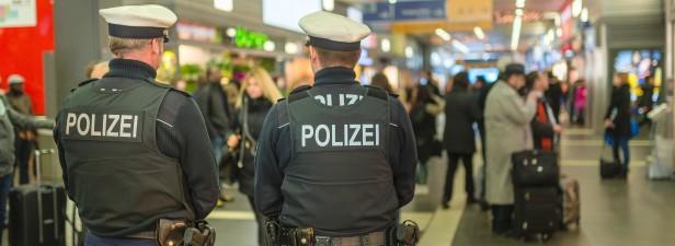 29-Jähriger belästigt mehrere Mädchen im Zug
