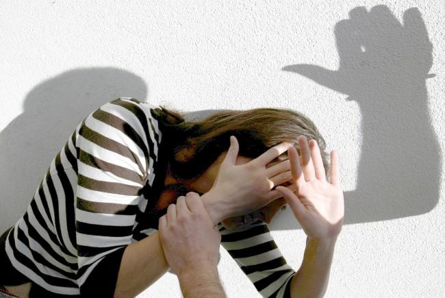 Hauptbahnhof: Jugendlicher Rumäne belästigt 18-Jährige sexuell
