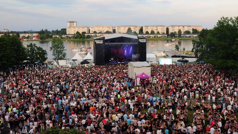 Erneut Dutzende sexuelle Übergriffe während Musikfestivals