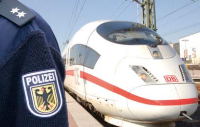 Zeugen wegen Belästigung im Zug Karlsruhe-Offenburg gesucht