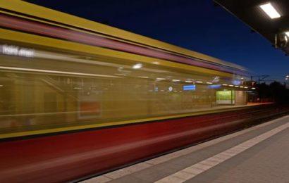 S-Bahn-Gäste schützen Frauen vor Belästigung