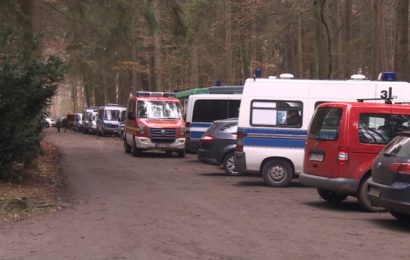 Beamte finden Frauenleiche nahe Hamburg