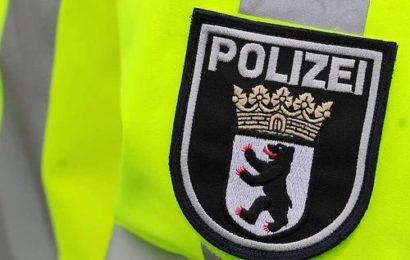 Gruppe verletzt Mann im U-Bahnhof Kurfürstenstraße schwer