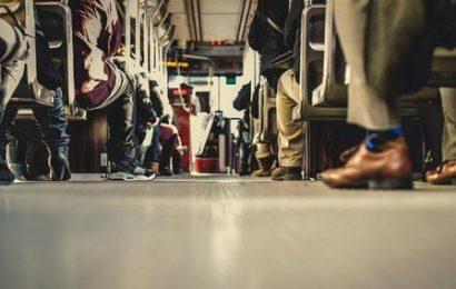 Frauen im Bus belästigt