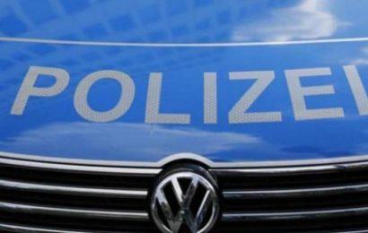 Frau wird in Bad Schwalbach von zwei Männern angegriffen und sexuell belästigt