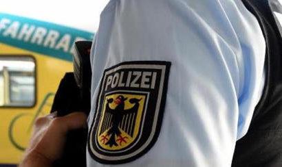 21-Jährige im Regionalexpress von zwei Männern belästigt