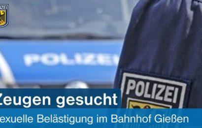 60-jährige Frau wurde im Bahnhof Gießen von mehreren Männern beleidigt, bedroht und begrapscht