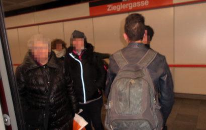 Junge Migranten sorgen für Panik in Wiener U- Bahn