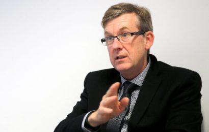 LKA-Chef Ralf Michelfelder über Asylbewerber als Täter und Opfer