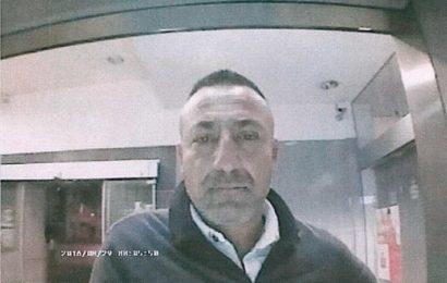 Polizei fahndet mit Lichtbildern Gestohlen von einer 75-jährigen