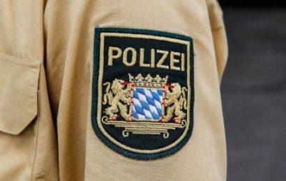 Männer grapschen in Bamberg zwei junge Frauen auf Unterer Brücke an