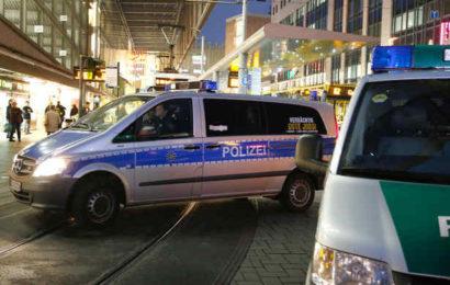 Mitten in der City: 19-Jähriger attackiert vier Mädchen