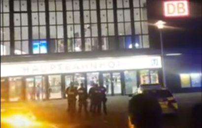 Pressekonferenz der Polizei: Axt-Amokläufer von Düsseldorf ist Asylbewerber