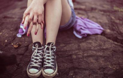 Jugendliche Belästigung und Beleidigung