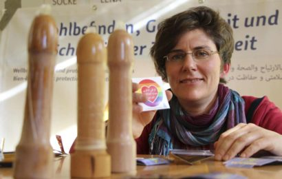 Kondomtraining für Flüchtlinge ohne Kulturschock in Göttingen