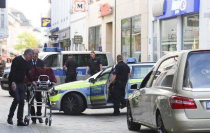 Mann in der Innenstadt erstochen – zwei Festnahmen
