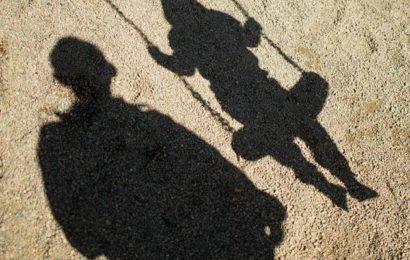 Zwei Unbekannte sollen Kind angesprochen haben