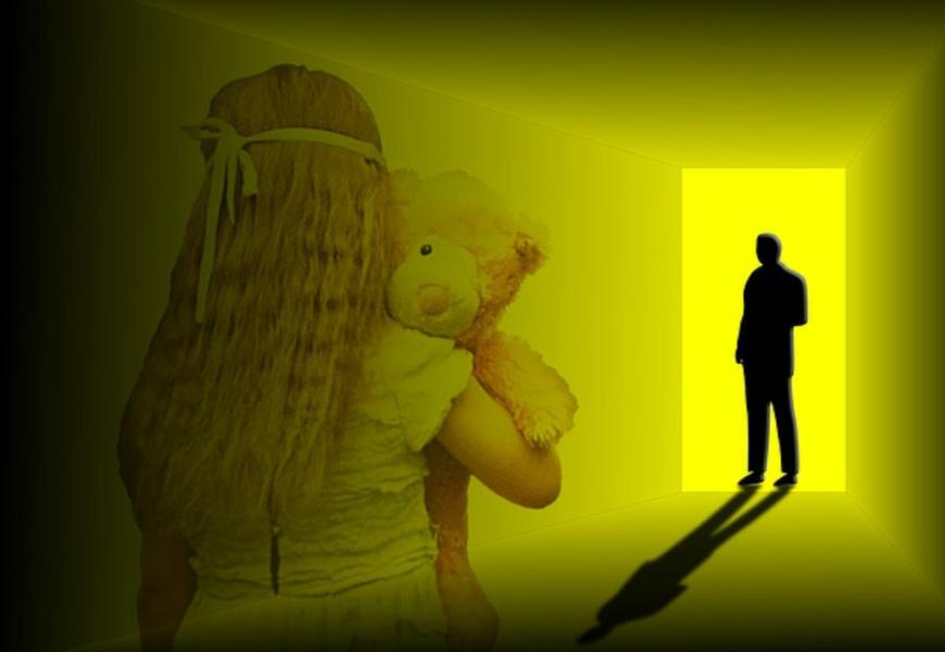 Mann greift 10 jähriges Mädchen an