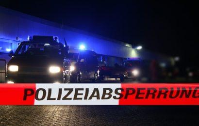 Geschlagen und gewürgt: Mann attackiert Frauen vor Karlsruher Schloss