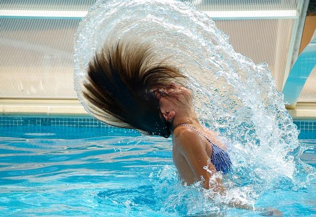 """Schwimmbad-Machos – """"Prinzen"""" treten meist in Gruppen auf"""