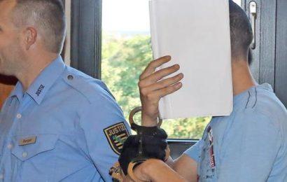 Vergewaltiger jammert über Haft