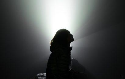 Frau beraubt – Tatverdächtige ausgeforscht
