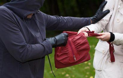 Polizei sucht Zeugen nach Raub auf Jugendliche