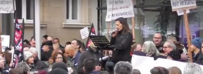 Frauendemo in Kandel: Eine Mutter bricht das Schweigen