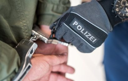 Zwei 17-jährige Afghanen schlagen Polizeibeamte krankenhausreif