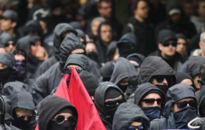 In der Neujahrsnacht: Angriff auf die Polizei aus der linken Szene?