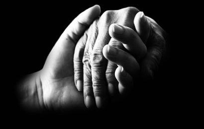 Brutaler Überfall auf Seniorin: 87-Jährige mitgeschleift!