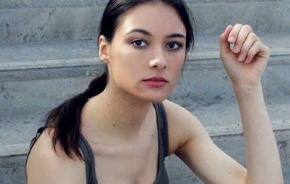 """""""Lade, ziele, schieße!"""" Warum eine junge Berlinerin für Waffen wirbt"""