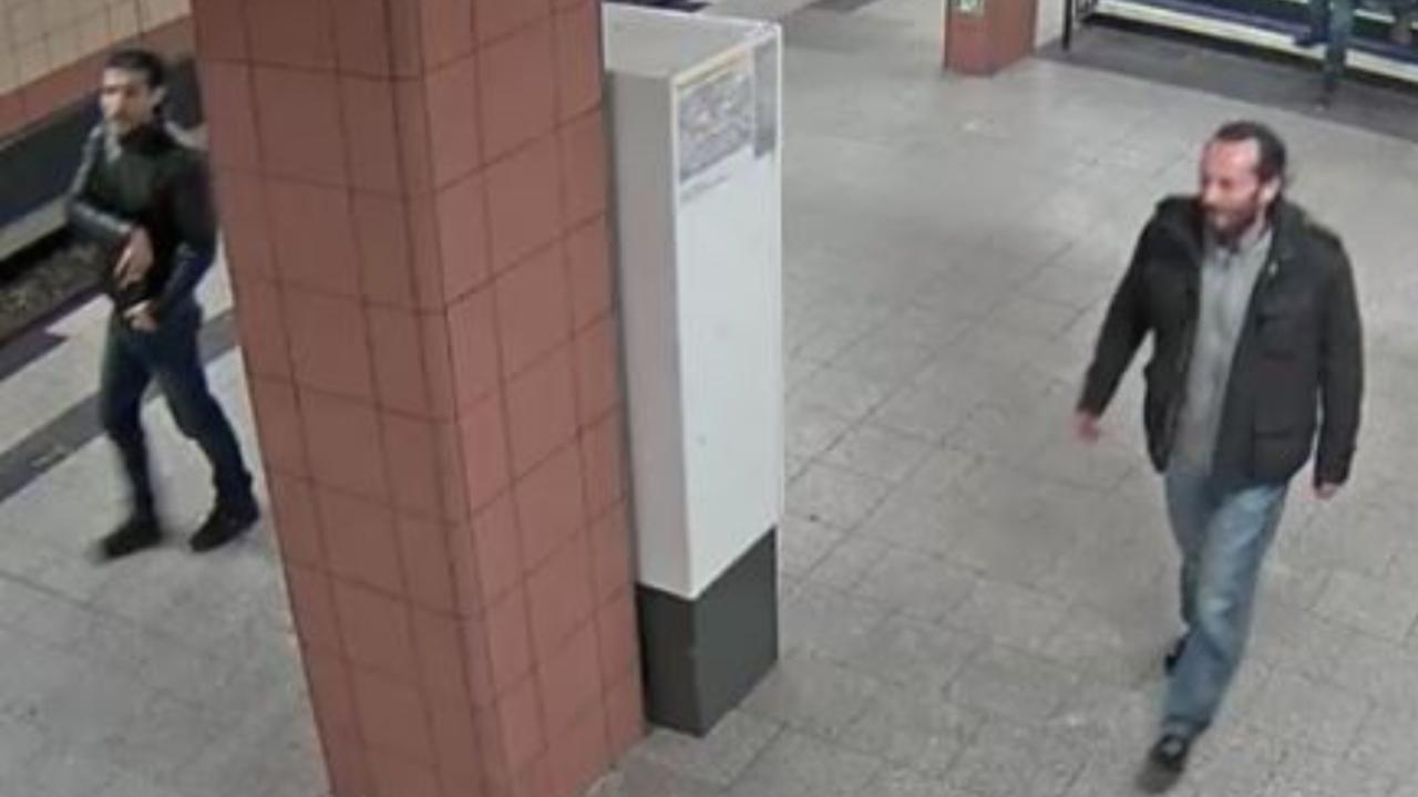 Dieses Duo soll eine Frau (53) ausgeraubt haben