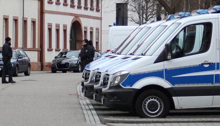 Gruppenvergewaltigung in Freiburg: Polizei weist Vorwürfe zurück