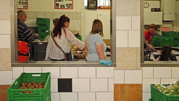 Essener Tafel nach Versorgungsstopp für Ausländer beschmiert