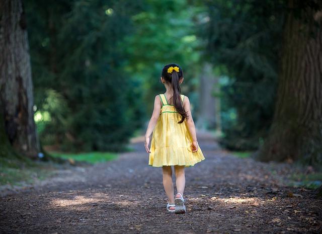 Unbekannter soll 8-jähriges Mädchen in Denzlingen bedrängt haben