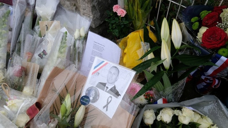 Linksextremer Politiker feiert Tod Arnaud Beltrames auf Twitter