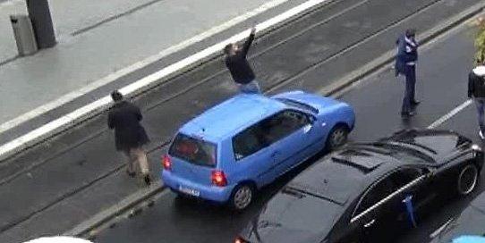 Hochzeitsballerei in Bonn: Pistolen-Irrer angeklagt