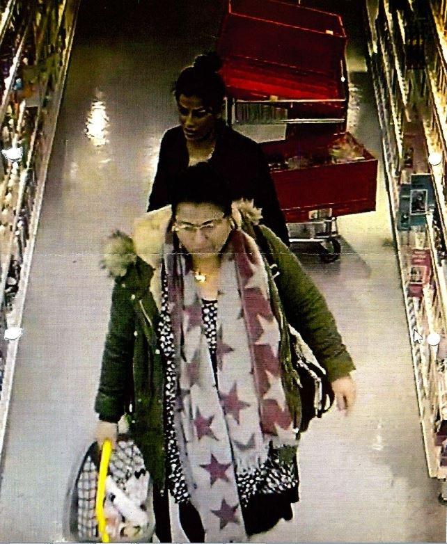 Polizei fahndet mit Lichtbild nach Ladendieben
