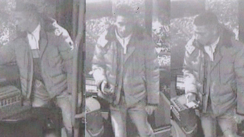 Überwachungskamera filmt Angriff im Bus – Wer kennt den Busschläger?