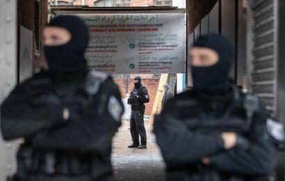 Moschee in Berlin durchsucht Polizei geht Corona-Betrug nach